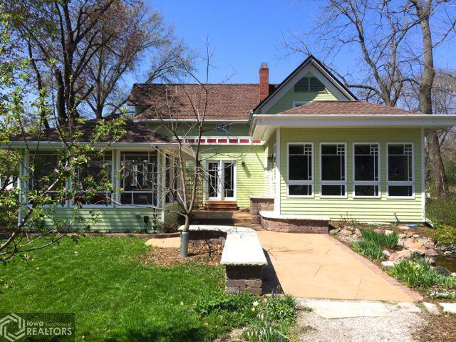1214 Broad, Grinnell, Iowa 50112-1628, 4 Bedrooms Bedrooms, ,1 BathroomBathrooms,Single Family,For Sale,Broad,5717005
