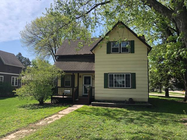 901 1st, Clear Lake, Iowa 50428, 3 Bedrooms Bedrooms, ,1 BathroomBathrooms,Single Family,For Sale,1st,5566011