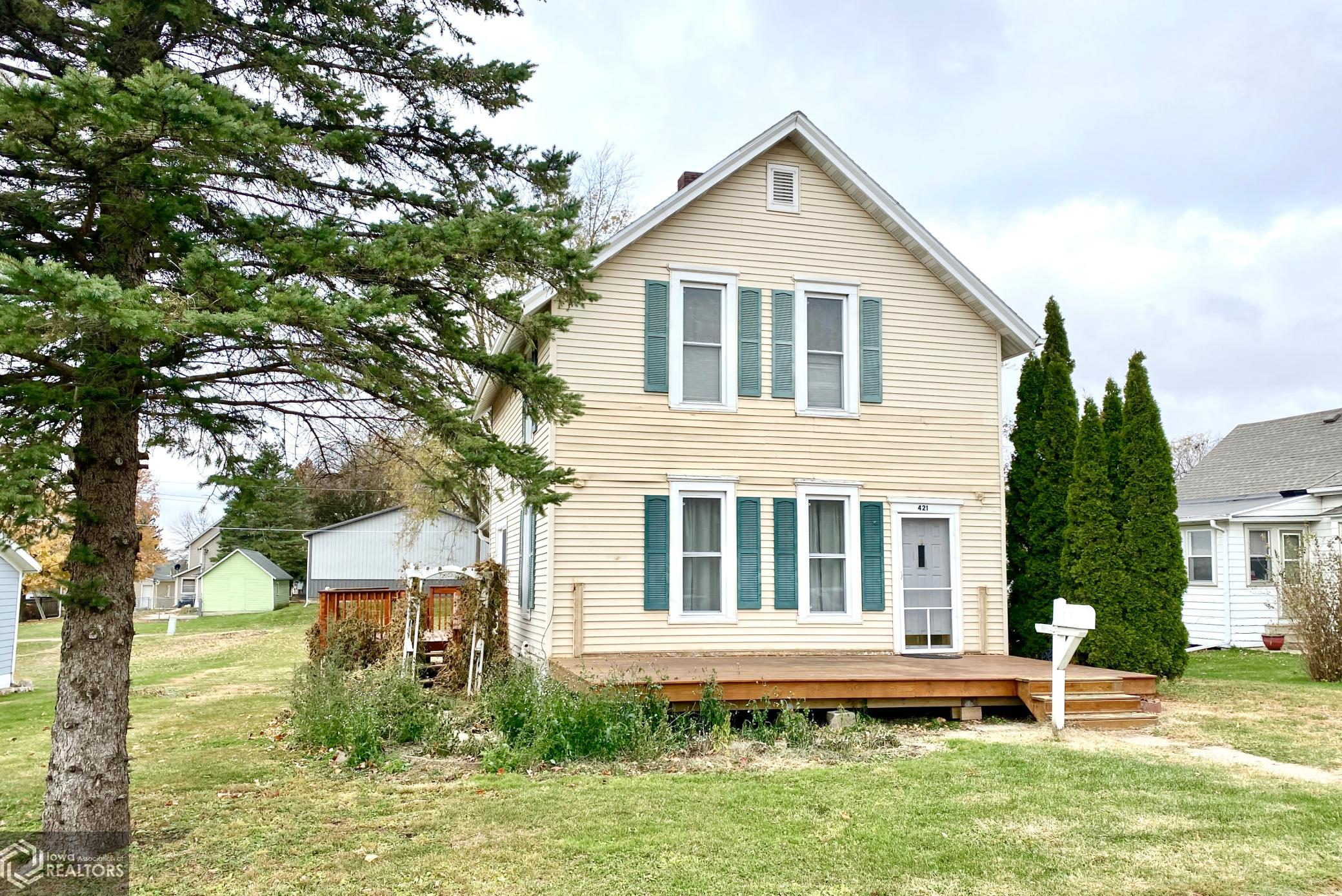 421 Main, Grinnell, Iowa 50112-5719, 3 Bedrooms Bedrooms, ,1 BathroomBathrooms,Single Family,For Sale,Main,5680022