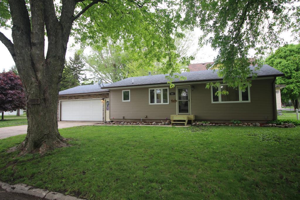 801 Woolsey, Webster City, Iowa 50595-1863, 3 Bedrooms Bedrooms, ,1 BathroomBathrooms,Single Family,For Sale,Woolsey,5569039