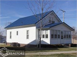 303 County Line, Victor, Iowa 52347-7750, 3 Bedrooms Bedrooms, ,1 BathroomBathrooms,Single Family,For Sale,County Line,6092054