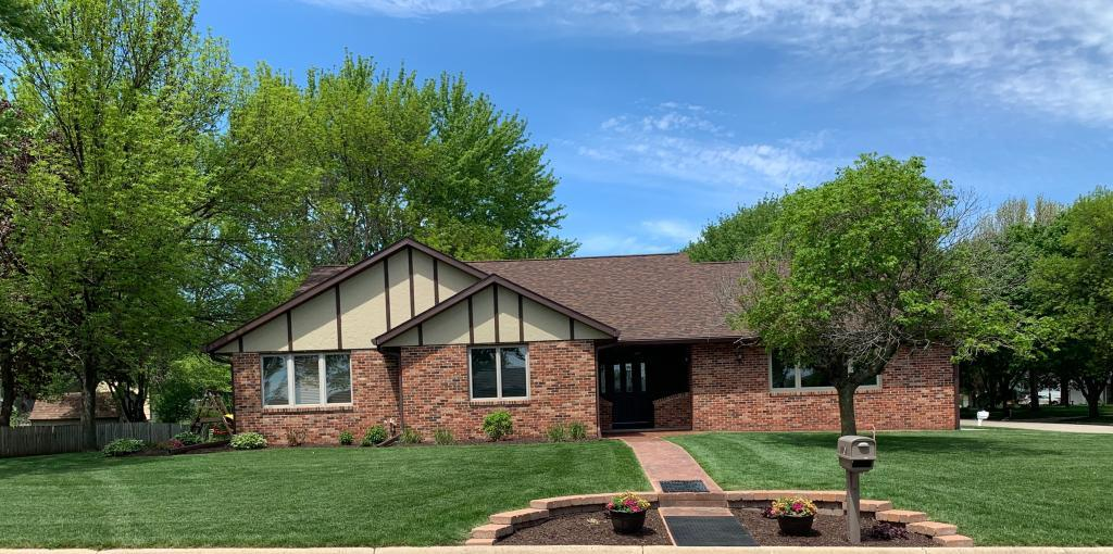 1101 10th, Humboldt, Iowa 50548-2455, 4 Bedrooms Bedrooms, ,3 BathroomsBathrooms,Single Family,For Sale,10th,5568060