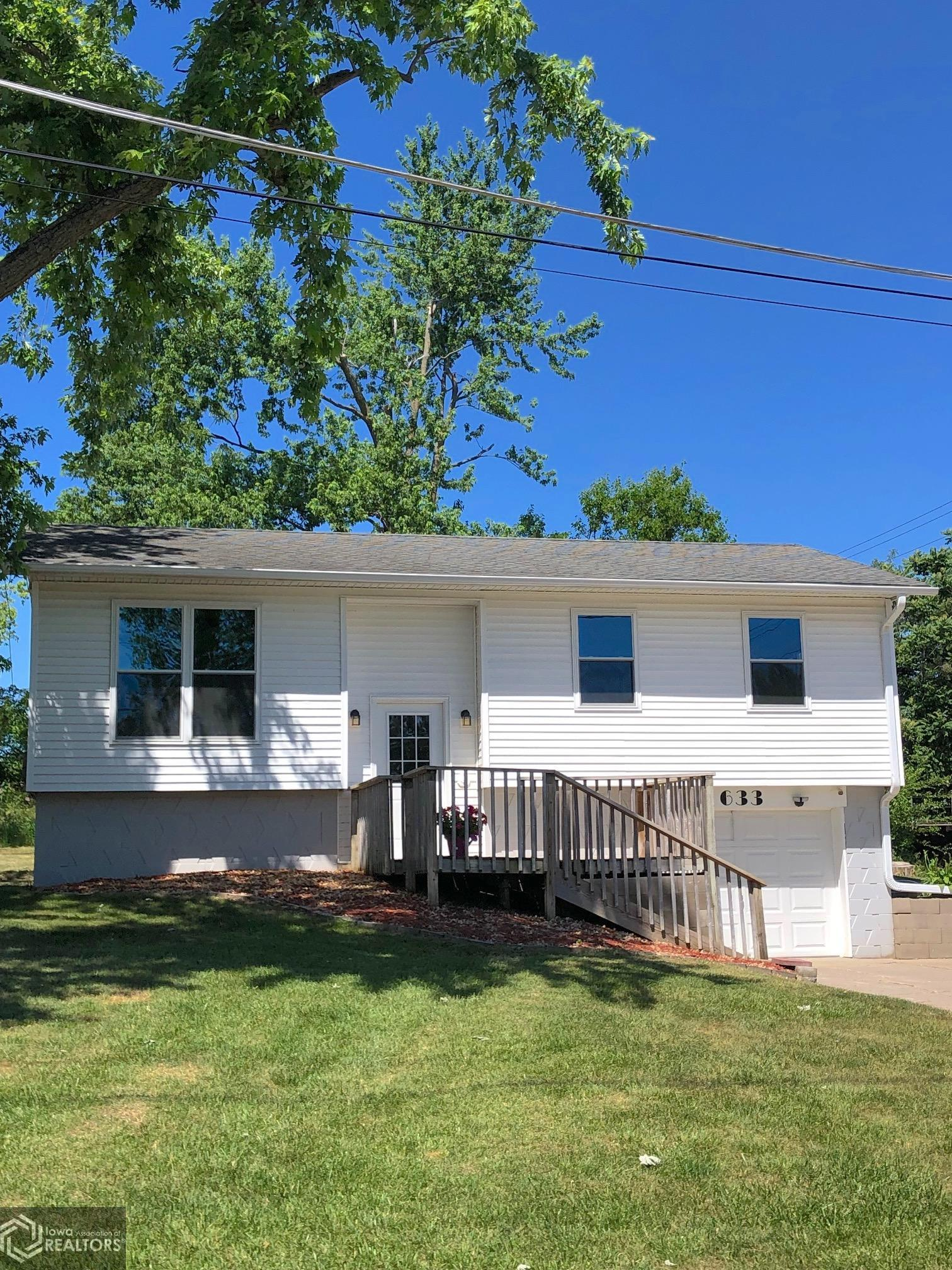 633 State, Grinnell, Iowa 50112-3012, 3 Bedrooms Bedrooms, ,1 BathroomBathrooms,Single Family,For Sale,State,6012063