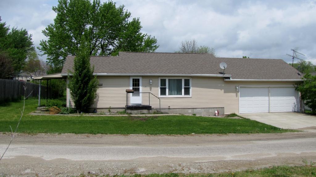 202 Van Buren, Mount Ayr, Iowa 50854-2178, 2 Bedrooms Bedrooms, ,1 BathroomBathrooms,Single Family,For Sale,Van Buren,5567064