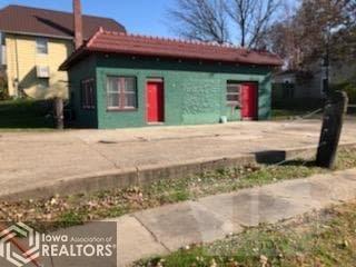 400 Leebrick, Burlington, Iowa 52601, ,Commercial (5+ Units),For Sale,Leebrick,5565093