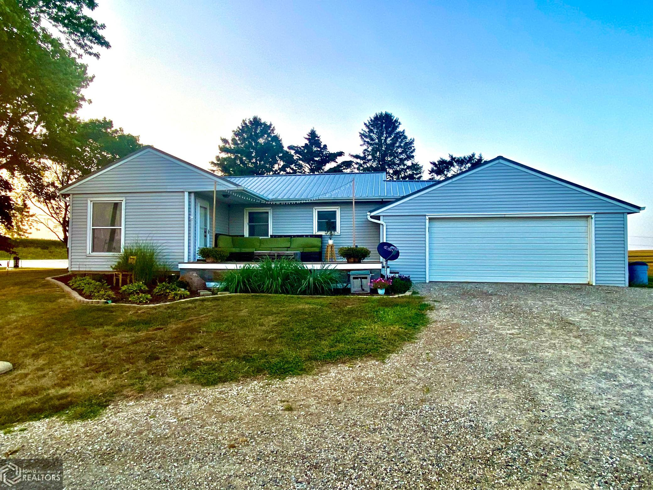 7486 Highway T38, Grinnell, Iowa 50112-7603, 2 Bedrooms Bedrooms, ,1 BathroomBathrooms,Single Family,For Sale,Highway T38,6087117