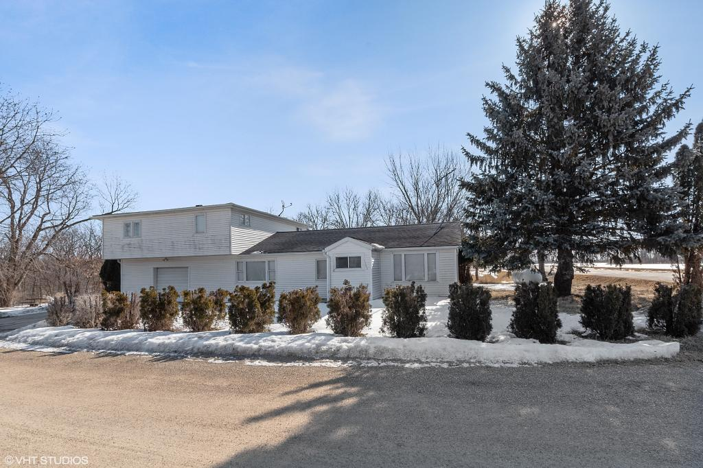1386 Circle, Brooklyn, Iowa 52211-9419, 5 Bedrooms Bedrooms, ,1 BathroomBathrooms,Single Family,For Sale,Circle,5491148