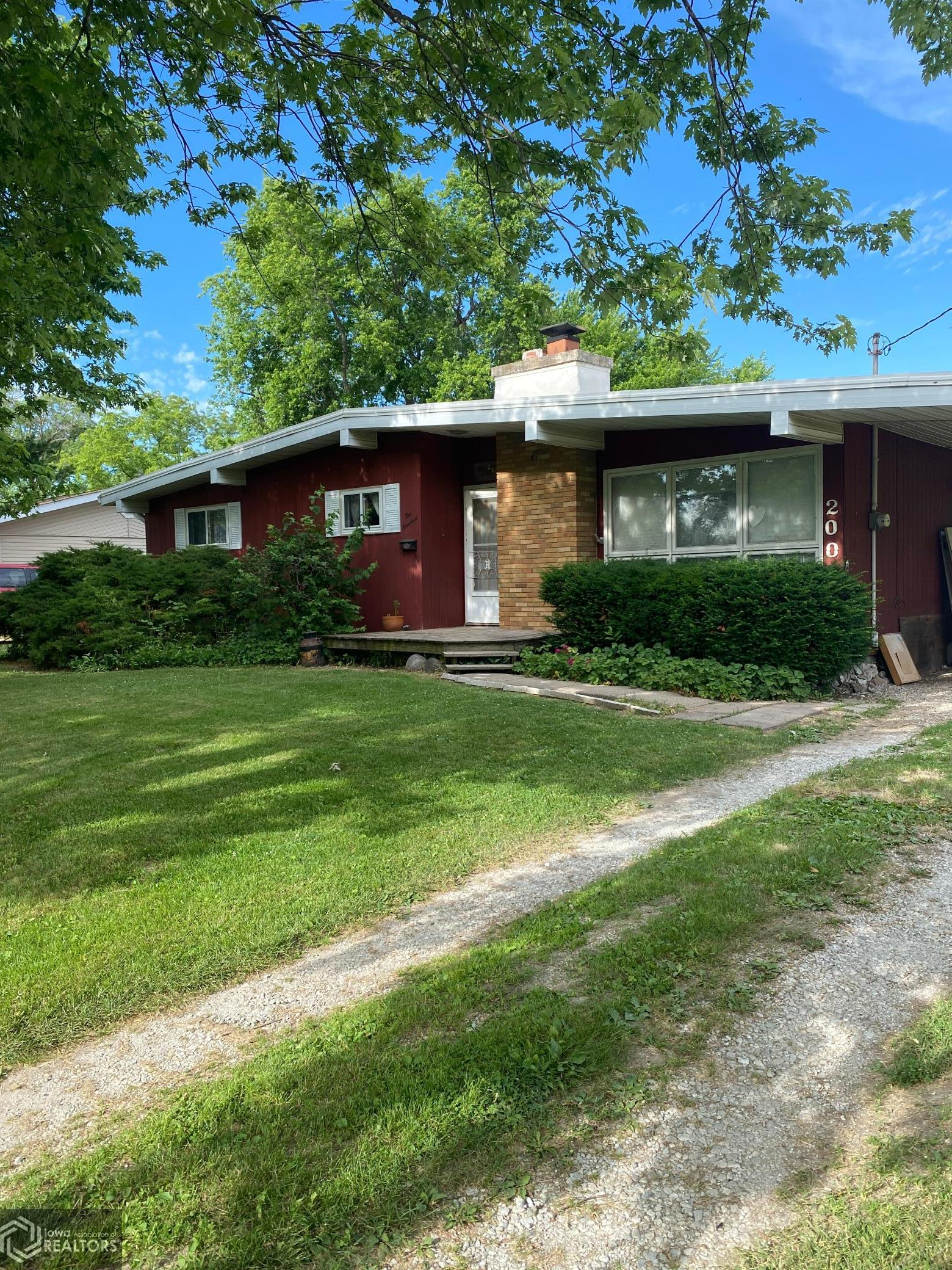 200 20th Street, Hamilton, Illinois 62341, 3 Bedrooms Bedrooms, ,1 BathroomBathrooms,Single Family,For Sale,20th,6010150