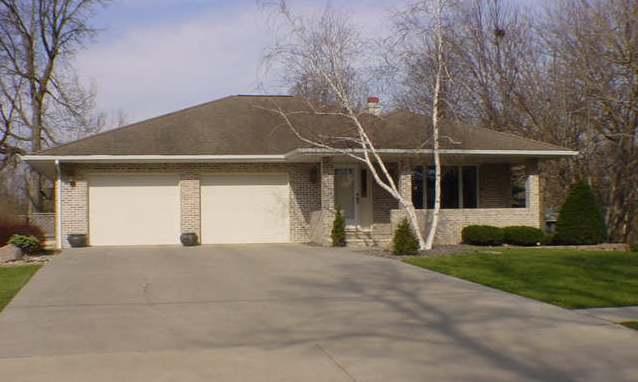 900 Minnesota, Algona, Iowa 50511-3616, 6 Bedrooms Bedrooms, ,3 BathroomsBathrooms,Single Family,For Sale,Minnesota,5569168