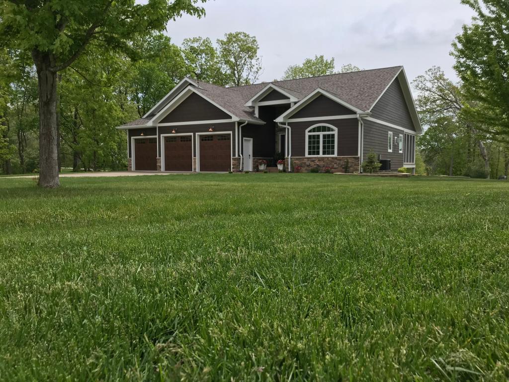 13851 Elk Run, West Burlington, Iowa 52655-2300, 5 Bedrooms Bedrooms, ,3 BathroomsBathrooms,Single Family,For Sale,Elk Run,5567194
