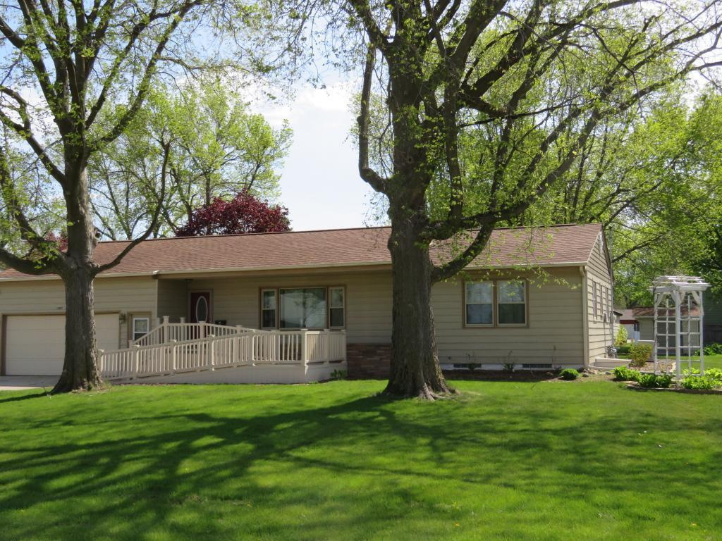 1007 2nd, Clarion, Iowa 50525-2038, 1 Bedroom Bedrooms, ,1 BathroomBathrooms,Single Family,For Sale,2nd,5566196