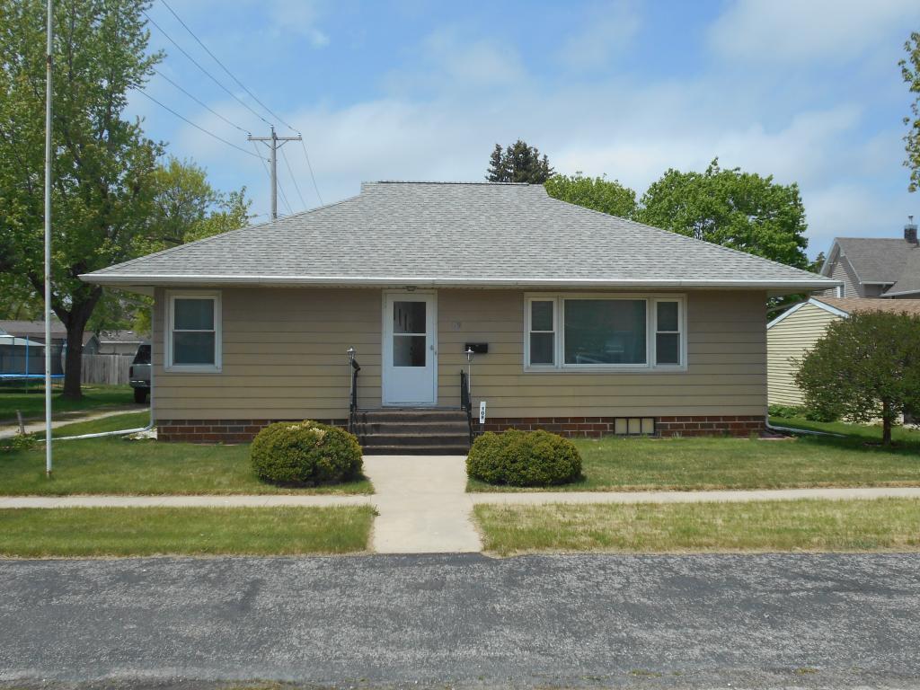 106 East, Alden, Iowa 50006-9249, 3 Bedrooms Bedrooms, ,1 BathroomBathrooms,Single Family,For Sale,East,5566205
