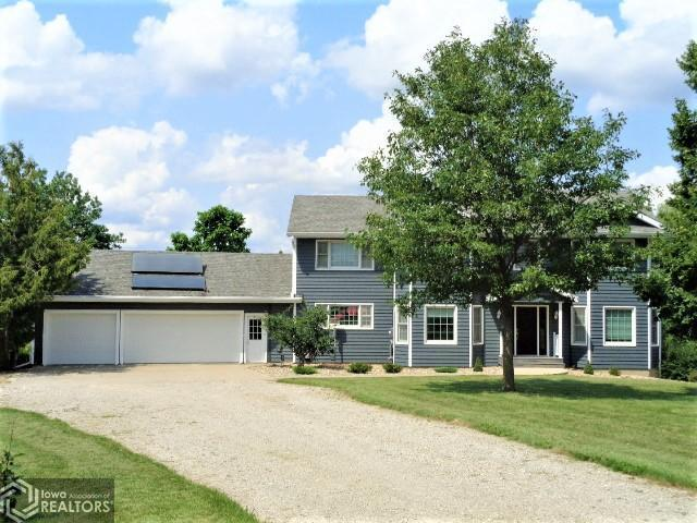 6250 156th, Grinnell, Iowa 50112-7658, 4 Bedrooms Bedrooms, ,3 BathroomsBathrooms,Single Family,For Sale,156th,6068224