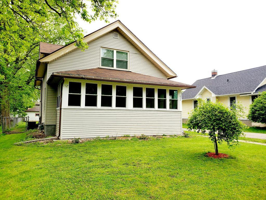 822 Leebrick, Burlington, Iowa 52601-4046, 3 Bedrooms Bedrooms, ,1 BathroomBathrooms,Single Family,For Sale,Leebrick,5569231