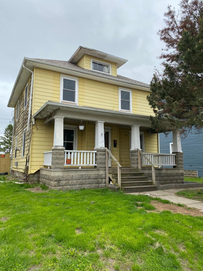 115 1st, Marshalltown, Iowa 50158, 4 Bedrooms Bedrooms, ,1 BathroomBathrooms,Single Family,For Sale,1st,5566253