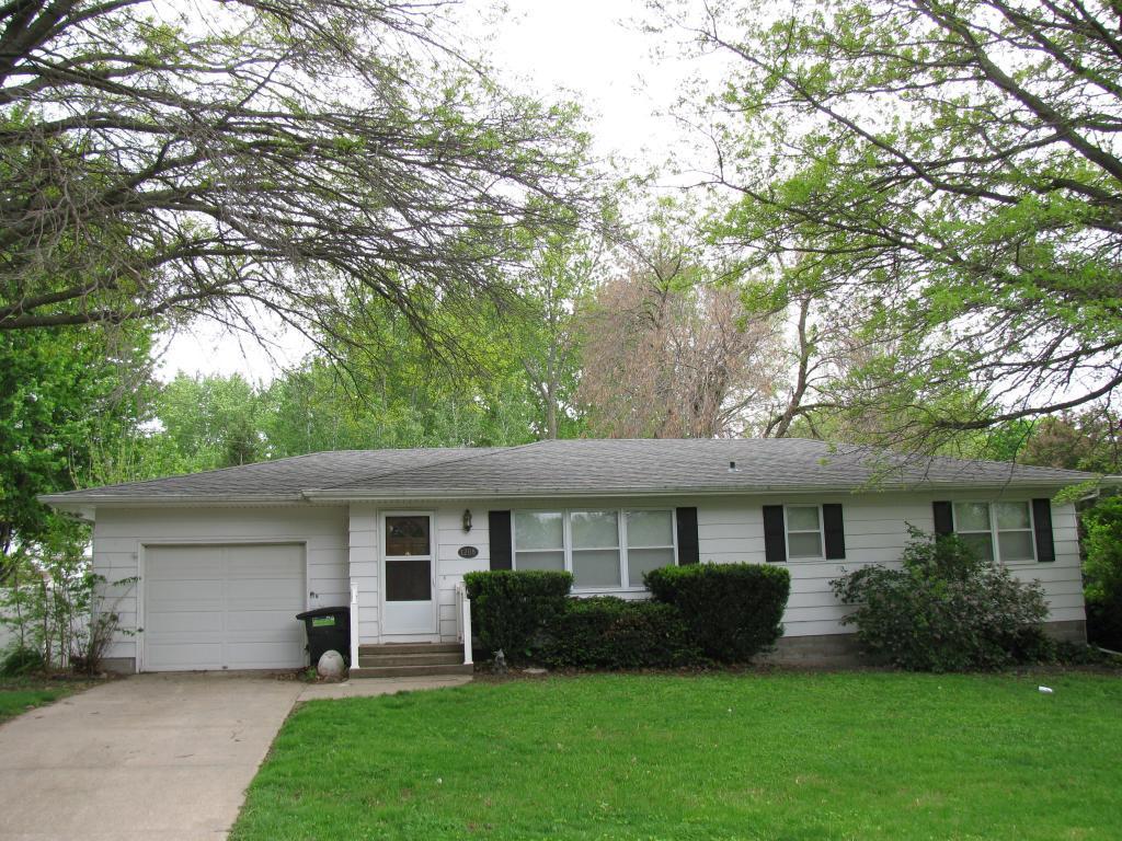 1208 Inman, Red Oak, Iowa 51566-1257, 2 Bedrooms Bedrooms, ,1 BathroomBathrooms,Single Family,For Sale,Inman,5569265