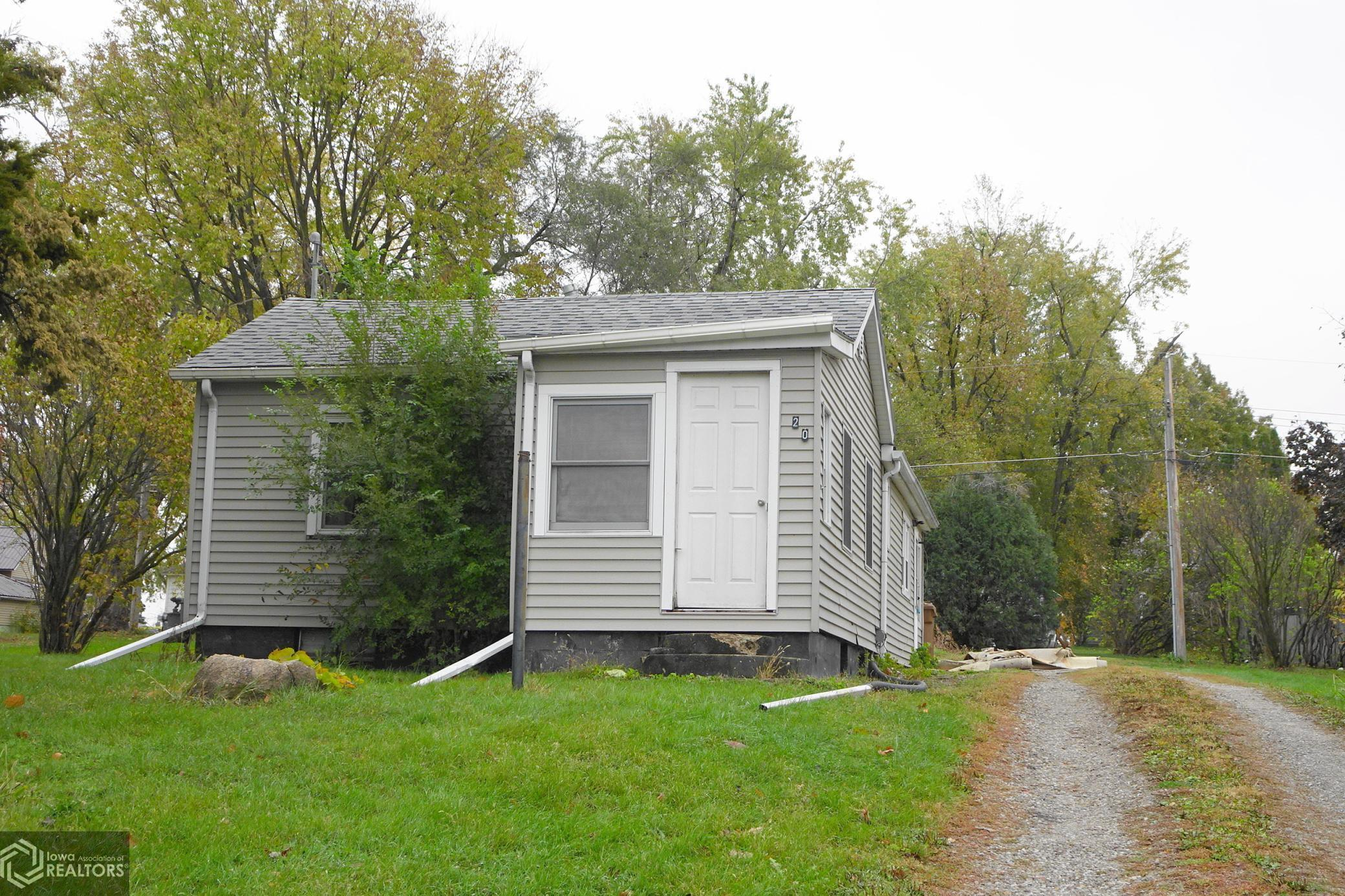 420 Spring, Grinnell, Iowa 50112, 1 Bedroom Bedrooms, ,1 BathroomBathrooms,Single Family,For Sale,Spring,5676331