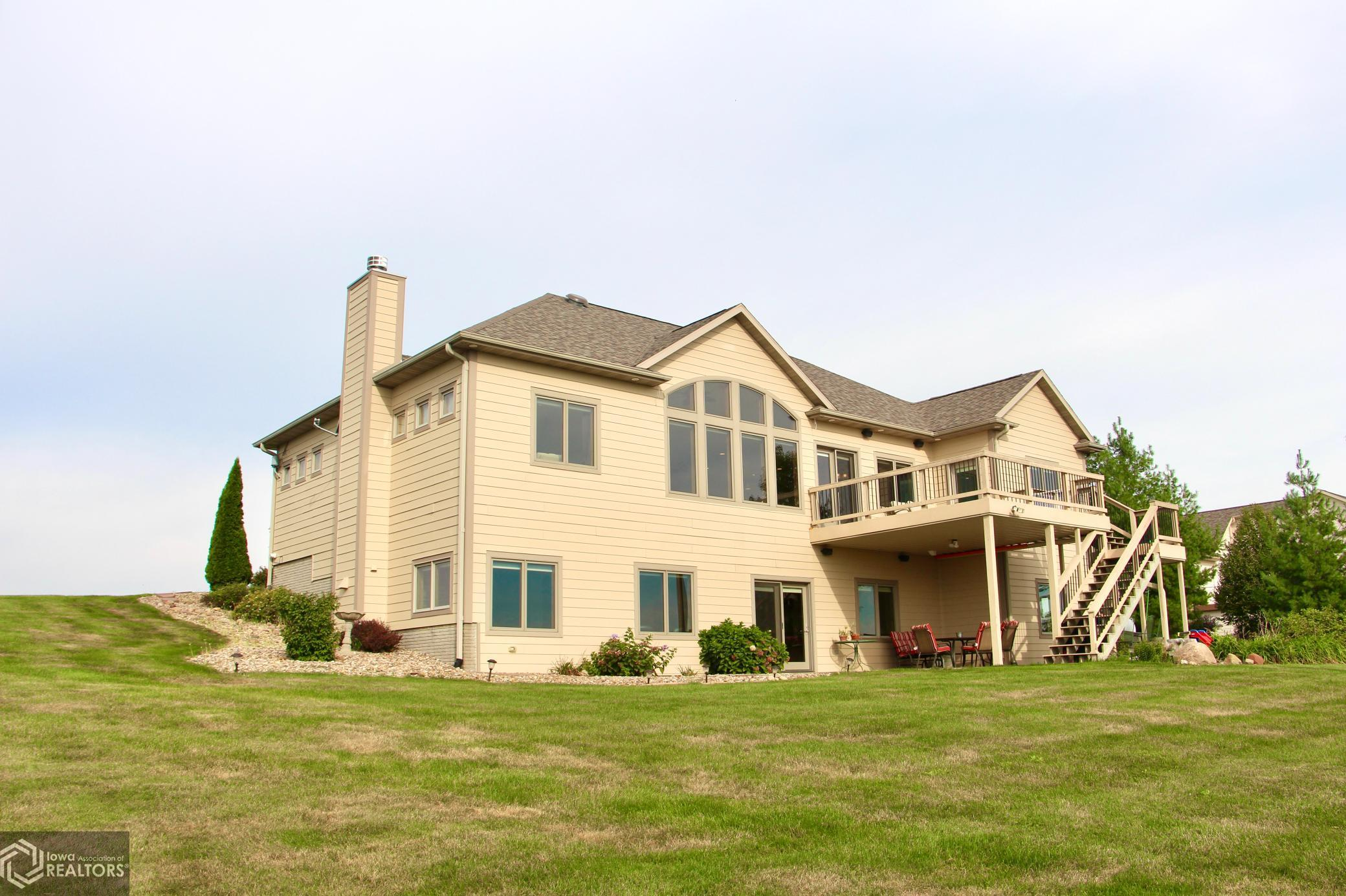 1646 142nd, Grinnell, Iowa 50112-4701, 5 Bedrooms Bedrooms, ,1 BathroomBathrooms,Single Family,For Sale,142nd,6101338