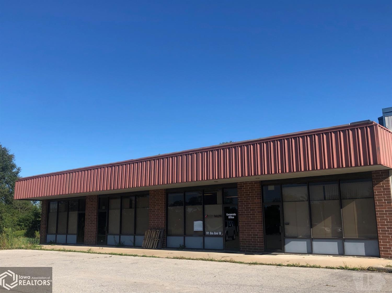 203 Hwy. 6, Grinnell, Iowa 50112, ,Commercial (5+ Units),For Sale,Hwy. 6,5560347