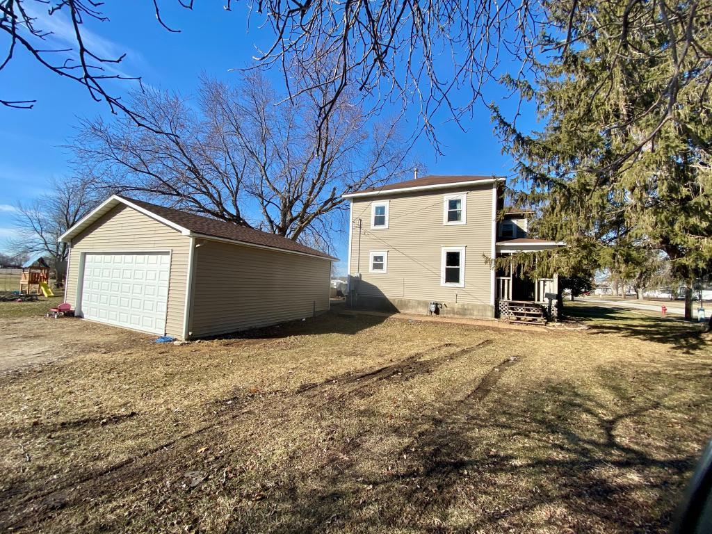 108 Main, Osage, Iowa 50461, 3 Bedrooms Bedrooms, ,1 BathroomBathrooms,Single Family,For Sale,Main,5507352