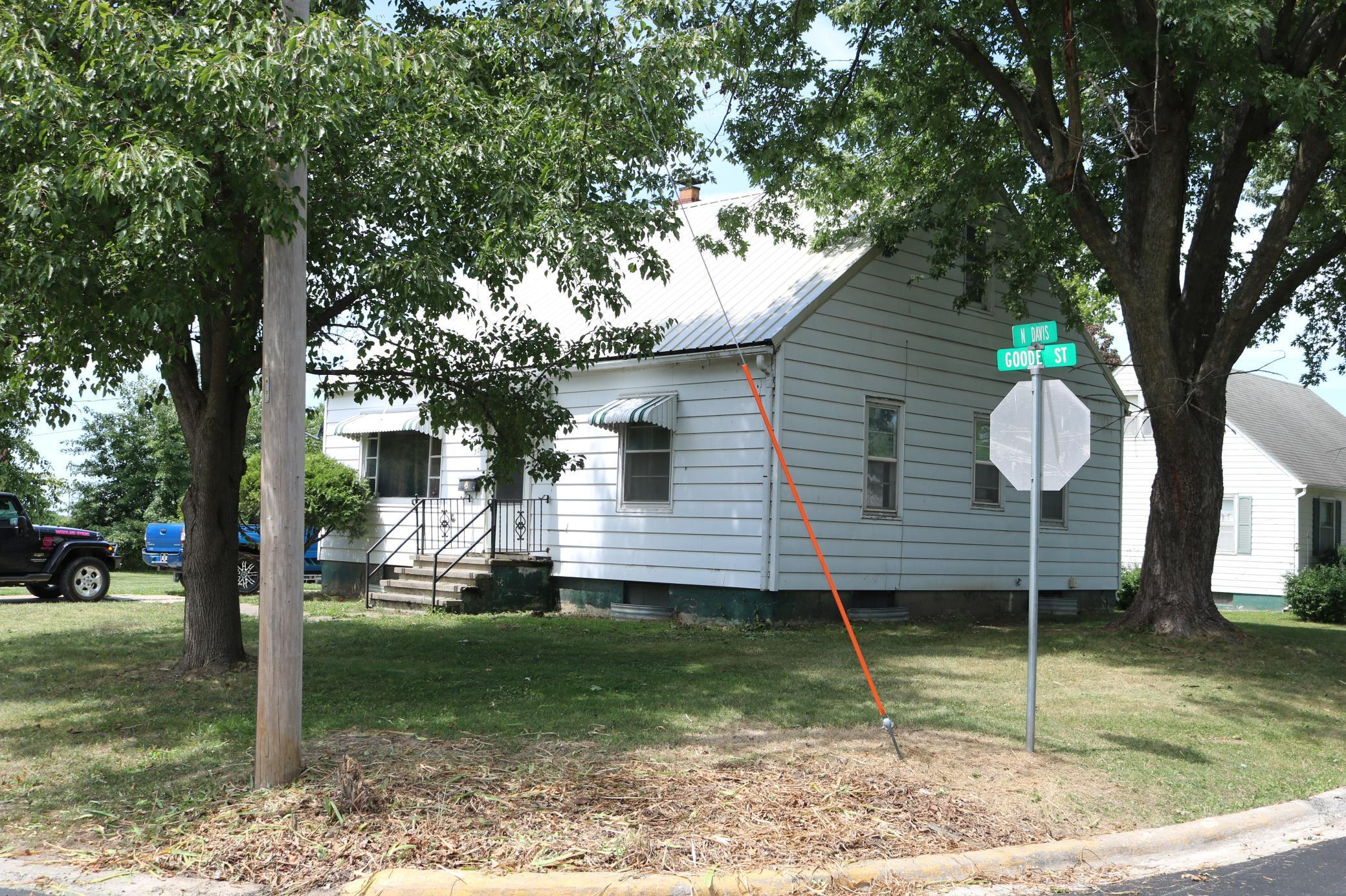 302 Goode Street