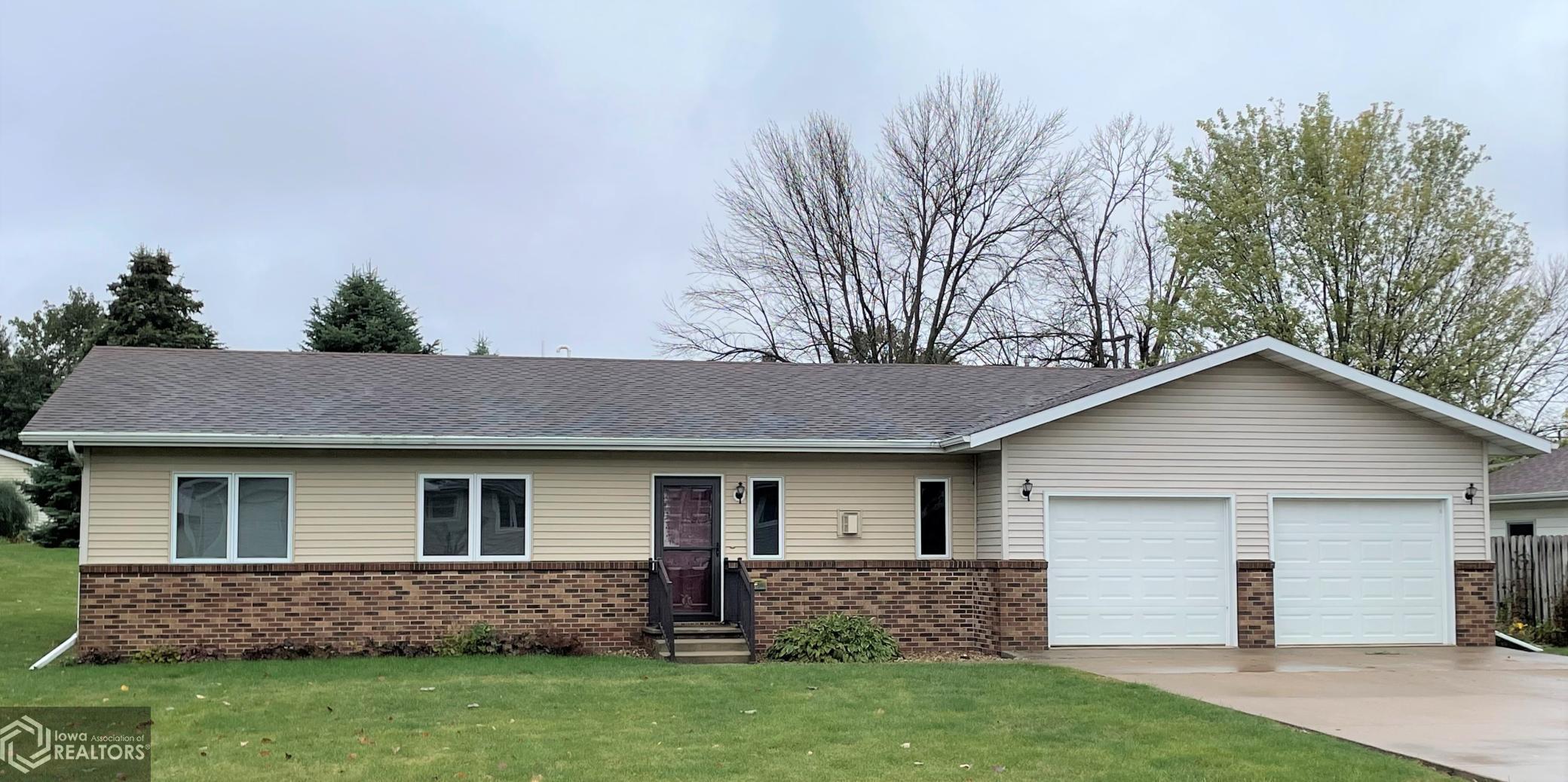708 Cass, Montezuma, Iowa 50171-0321, 3 Bedrooms Bedrooms, ,Single Family,For Sale,Cass,6111372