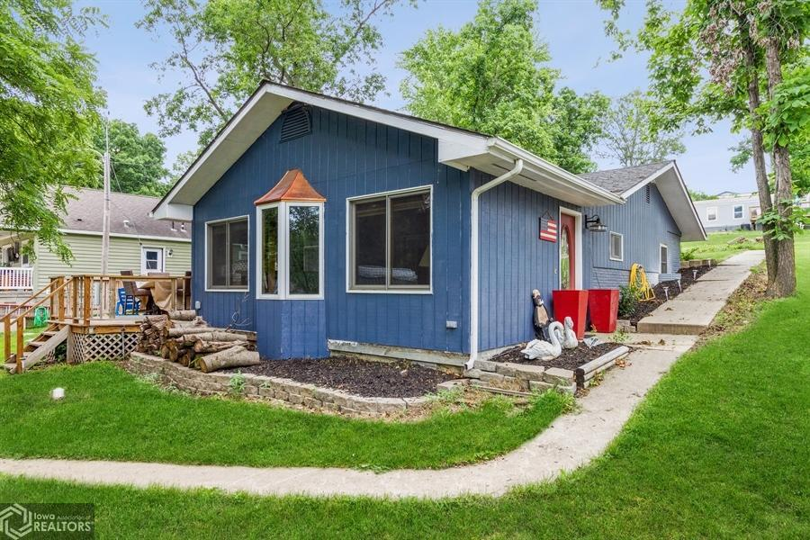 108 Lakeview, Montezuma, Iowa 50171-8867, 3 Bedrooms Bedrooms, ,1 BathroomBathrooms,Single Family,For Sale,Lakeview,6019405