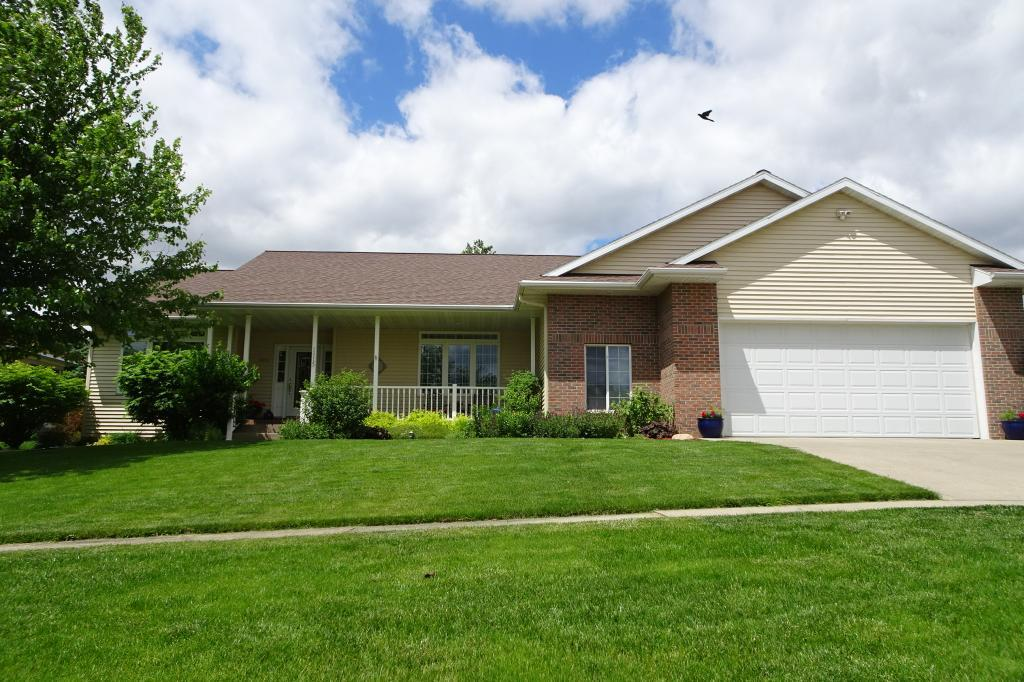 1915 Reed, Grinnell, Iowa 50112-1058, 3 Bedrooms Bedrooms, ,1 BathroomBathrooms,Single Family,For Sale,Reed,5576410
