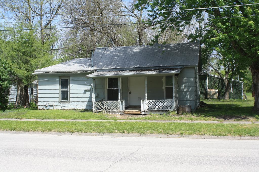 207 3rd, Red Oak, Iowa 51566, 3 Bedrooms Bedrooms, ,1 BathroomBathrooms,Single Family,For Sale,3rd,5564450