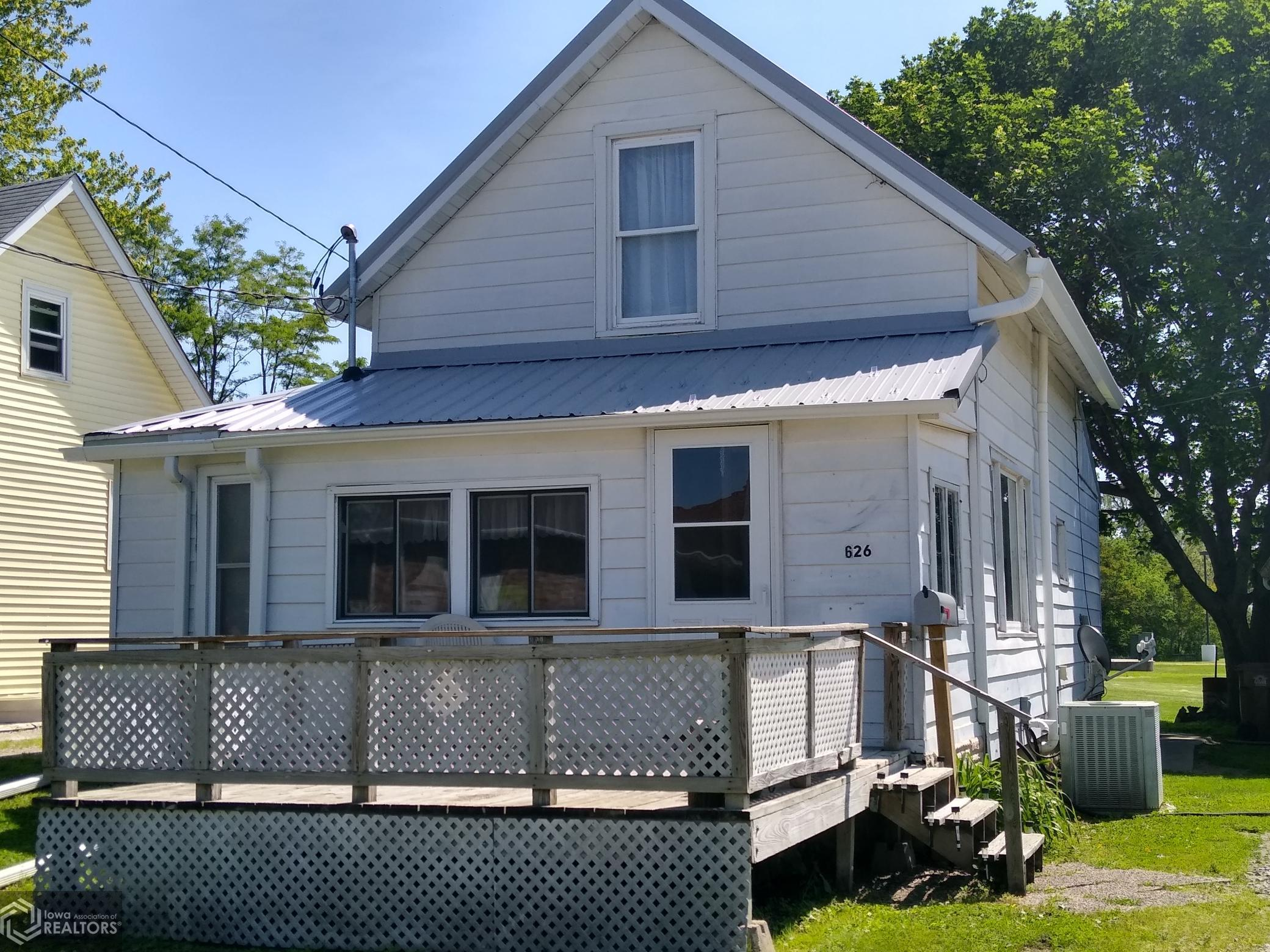 626 East, Grinnell, Iowa 50112-2246, 2 Bedrooms Bedrooms, ,1 BathroomBathrooms,Single Family,For Sale,East,5768455