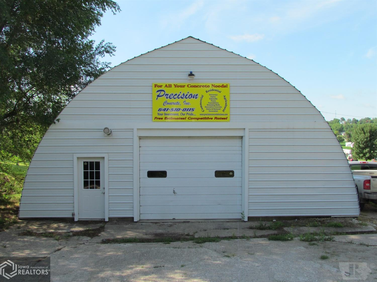 211 Linden, Brooklyn, Iowa 52211, ,Commercial (5+ Units),For Sale,Linden,5574478
