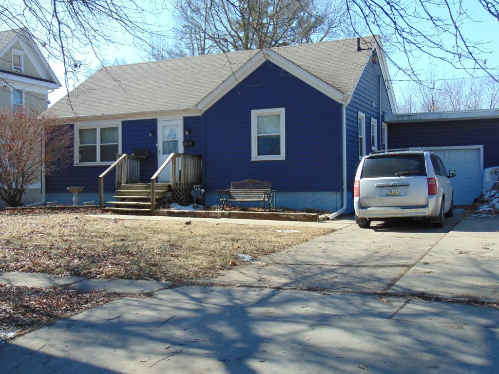1515 Summer- Grinnell- Iowa 50112- 1259, 3 Bedrooms Bedrooms, ,1 BathroomBathrooms,Single Family,For Sale,Summer,5492503
