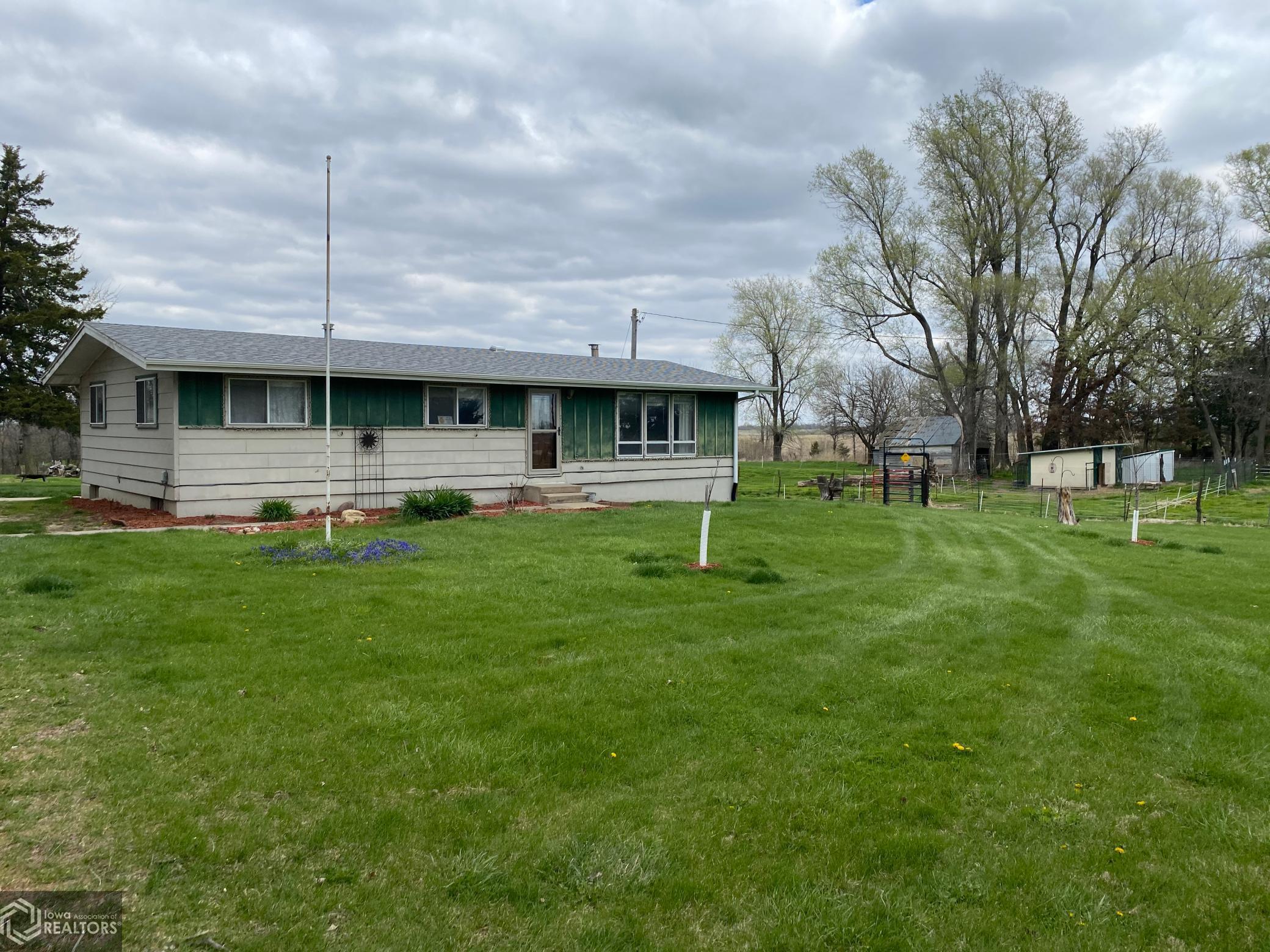 1561 340th, Eddyville, Iowa 52553-9759, 3 Bedrooms Bedrooms, ,1 BathroomBathrooms,Single Family,For Sale,340th,5740525