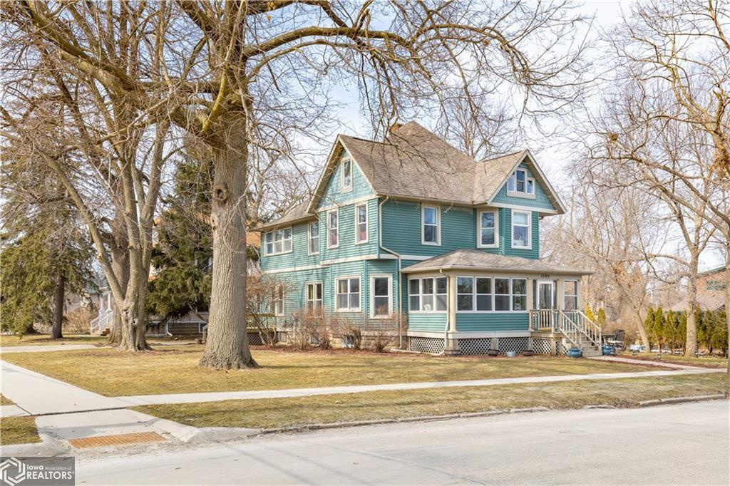 1505 Park, Grinnell, Iowa 50112-1430, 5 Bedrooms Bedrooms, ,3 BathroomsBathrooms,Single Family,For Sale,Park,6026544