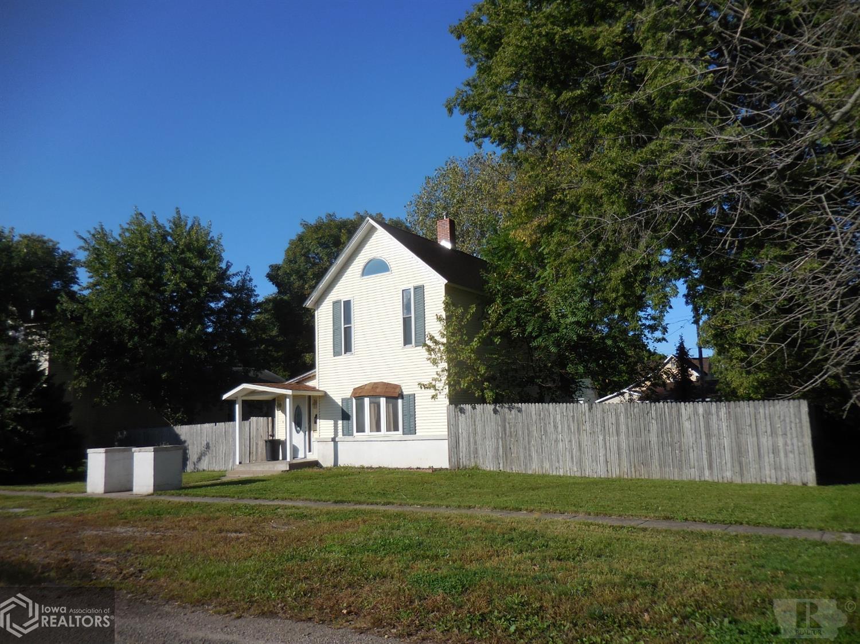 403 Prairie, Wapello, Iowa 52653, 2 Bedrooms Bedrooms, ,2 BathroomsBathrooms,Single Family,For Sale,Prairie,5564545
