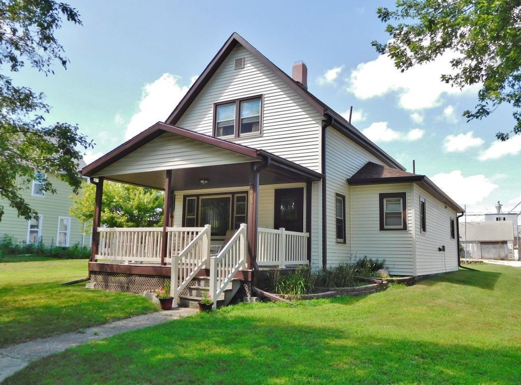 303 Hager, Grand Junction, Iowa 50107-9598, 2 Bedrooms Bedrooms, ,1 BathroomBathrooms,Single Family,For Sale,Hager,5568573