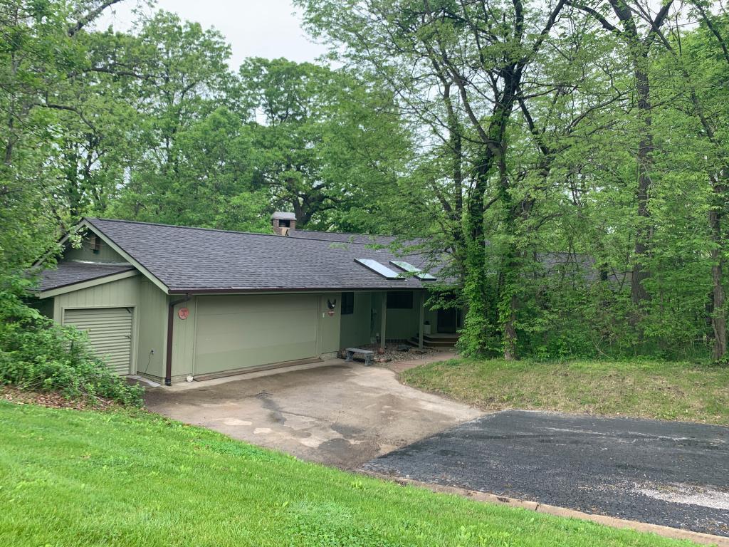 2022 Golfview, Centerville, Iowa 52544-8937, 4 Bedrooms Bedrooms, ,2 BathroomsBathrooms,Single Family,For Sale,Golfview,5571576