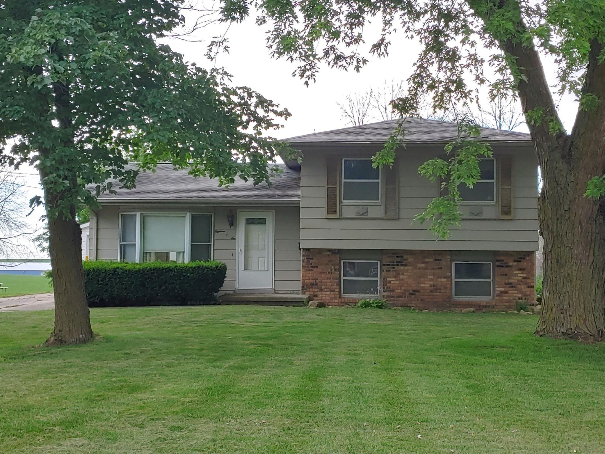 1806 3rd, Grinnell, Iowa 50112-2101, 3 Bedrooms Bedrooms, ,1 BathroomBathrooms,Single Family,For Sale,3rd,5488605