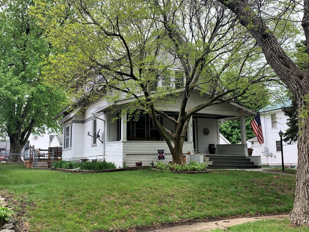109 Walnut, Carroll, Iowa 51401-2964, 3 Bedrooms Bedrooms, ,1 BathroomBathrooms,Single Family,For Sale,Walnut,5566620