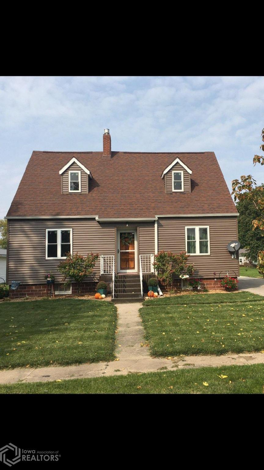 214 Maple, Hubbard, Iowa 50122-7723, 3 Bedrooms Bedrooms, ,1 BathroomBathrooms,Single Family,For Sale,Maple,5740633