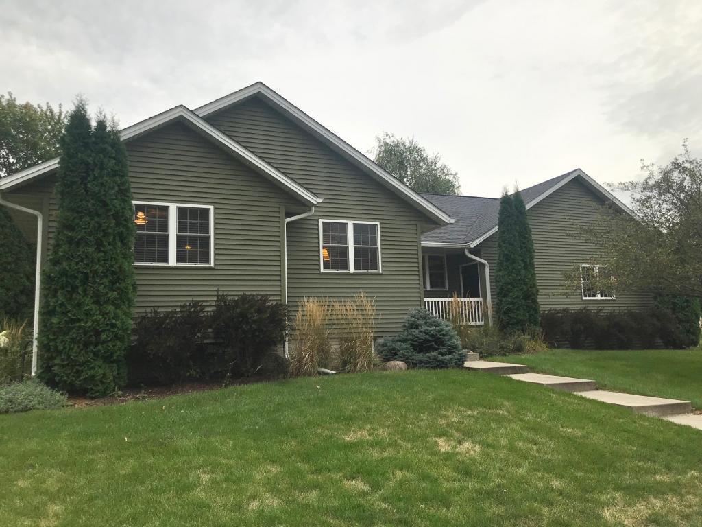 601 Van Horne, Grinnell, Iowa 50112-1066, 3 Bedrooms Bedrooms, ,3 BathroomsBathrooms,Single Family,For Sale,Van Horne,5496664
