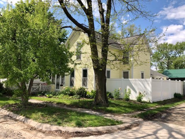 203 Hempstead, Fairfield, Iowa 52556, 3 Bedrooms Bedrooms, ,1 BathroomBathrooms,Single Family,For Sale,Hempstead,5563675