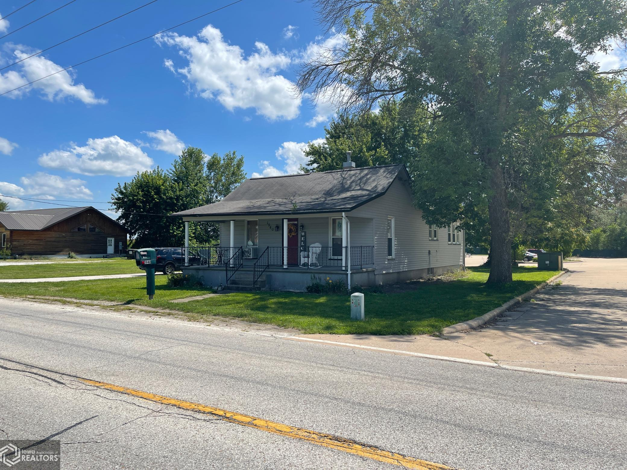 1940 Mulholland Street, Nauvoo, Illinois 62354, 3 Bedrooms Bedrooms, ,1 BathroomBathrooms,Single Family,For Sale,Mulholland,6085678