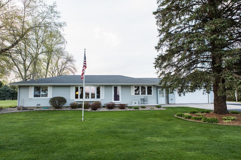 10948 255th, Mason City, Iowa 50401-9653, 2 Bedrooms Bedrooms, ,1 BathroomBathrooms,Single Family,For Sale,255th,5566691