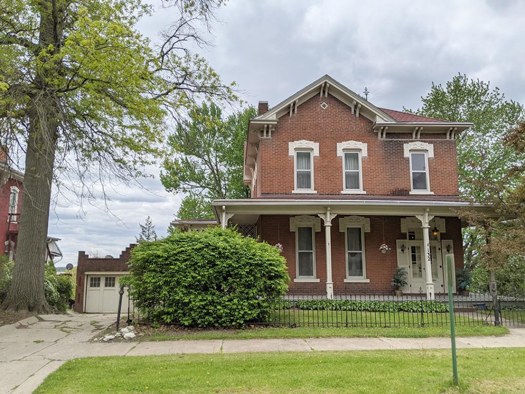 132 Fifth, Ottumwa, Iowa 52501-2628, 3 Bedrooms Bedrooms, ,2 BathroomsBathrooms,Single Family,For Sale,Fifth,5564693