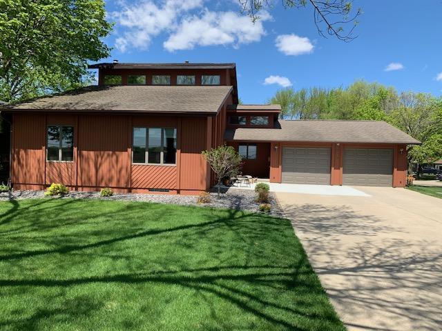 1715 Mcgregor, Algona, Iowa 50511-3005, 4 Bedrooms Bedrooms, ,2 BathroomsBathrooms,Single Family,For Sale,Mcgregor,5564700