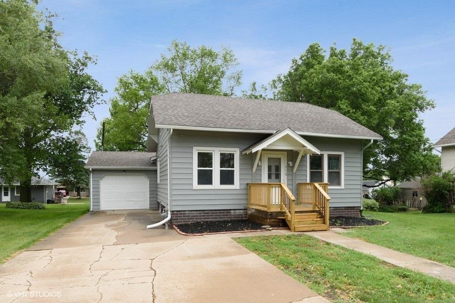 516 Pershing, Brooklyn, Iowa 52211-4408, 3 Bedrooms Bedrooms, ,1 BathroomBathrooms,Single Family,For Sale,Pershing,5580711