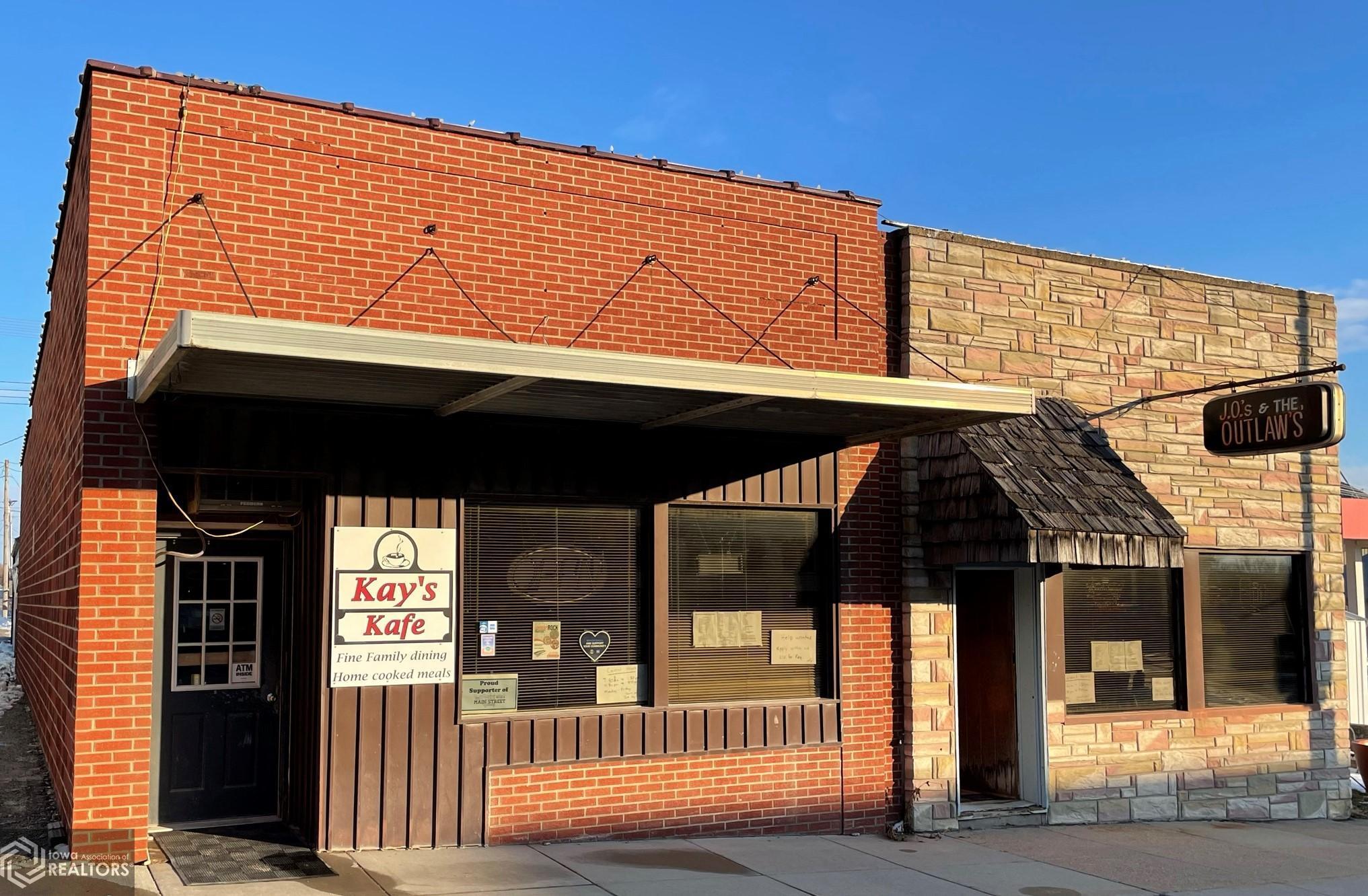 606 Davis, Corning, Iowa 50841-1623, ,Commercial (5+ Units),For Sale,Davis,5702712