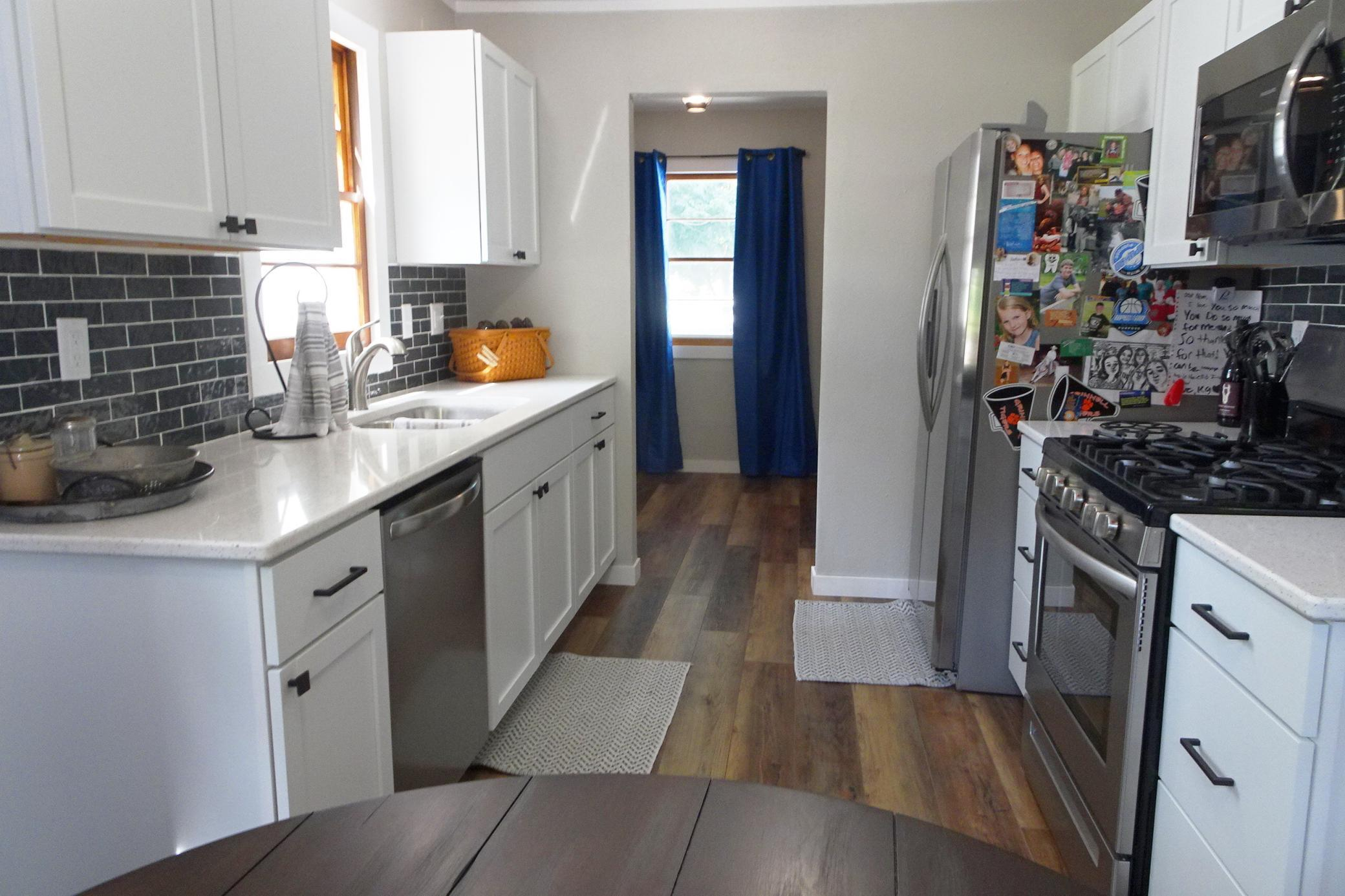 1527 Summer, Grinnell, Iowa 50112-1259, 2 Bedrooms Bedrooms, ,1 BathroomBathrooms,Single Family,For Sale,Summer,5632748