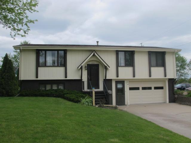 1321 Ashland, Chariton, Iowa 50049-1131, 3 Bedrooms Bedrooms, ,1 BathroomBathrooms,Single Family,For Sale,Ashland,5566751